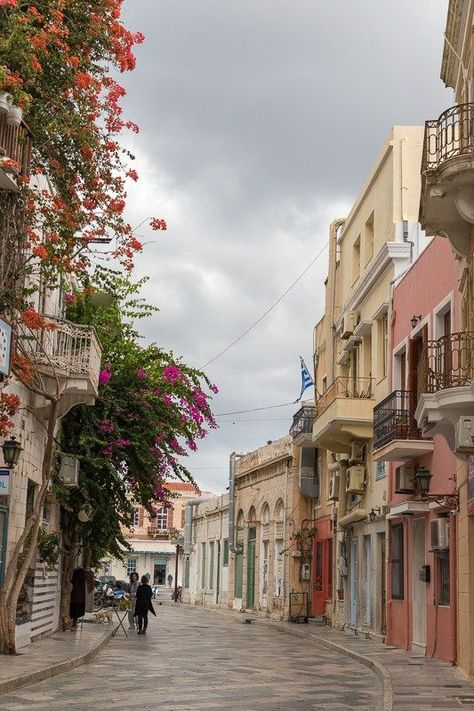 Syros island, the hidden beauty of the Cyclades