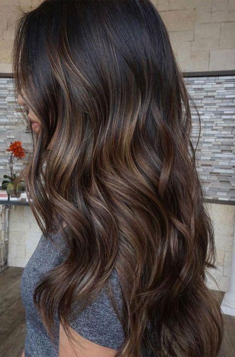 Schwarze haare mit braunen strähnchen