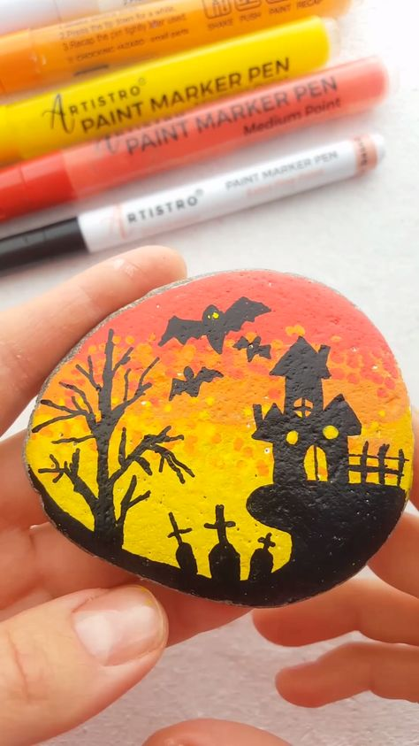 Tutorial halloween town painted rock, halloween rock painting ideas, painted pebbles, video tutorial rock painting, Artistro paint pens, acrylic markers