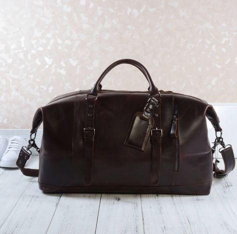 4c5198db9ab Are you interested in our travel holdall for woman  With our Large leather holdall  bag you need look no further.