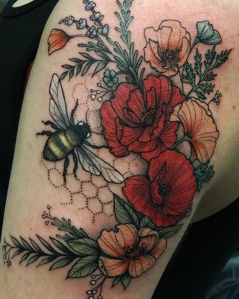 Katie, thanks again for letting me torture you! Loved making this fuzzy bee butt and floral fun for you! #botanicaltattoo #tattoo…