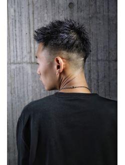 フェードカットスタイル メンズヘアスタイルフェード バーバー