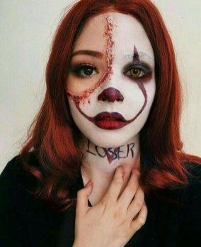 Pretty But Easy Halloween Makeup Look For Women 30