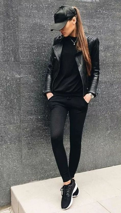 40 Brilliant Black Leather Jacket Ideas For Women Leather Jacket Outfits 2020