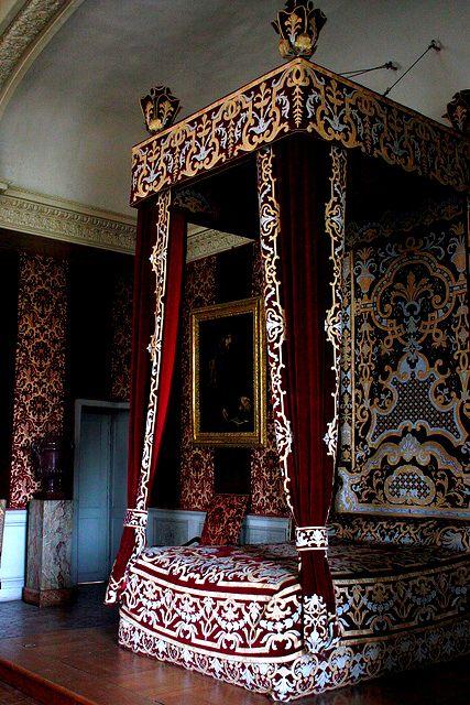 loveisspeed .......: O Château de Maisons-Laffitte, projetado por François Mansart 1630-1651, é um excelente exemplo da arquitectura barroca francesa e um ponto de referência na história da arquitetura francesa. O castelo está localizado em Maisons-Laffitte, num subúrbio do noroeste de Paris, no departamento de Yvelines, Île-de-France.
