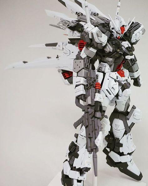 MG Strike Gundam Owl // Modeled by tannu