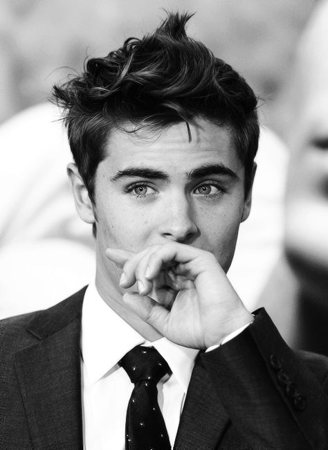 OH WOW.ZAC STOP IT YOU CUTIE! also this picture is a link to An ENTIRE tumbler with just men in suits...I'm in HEAVEN!