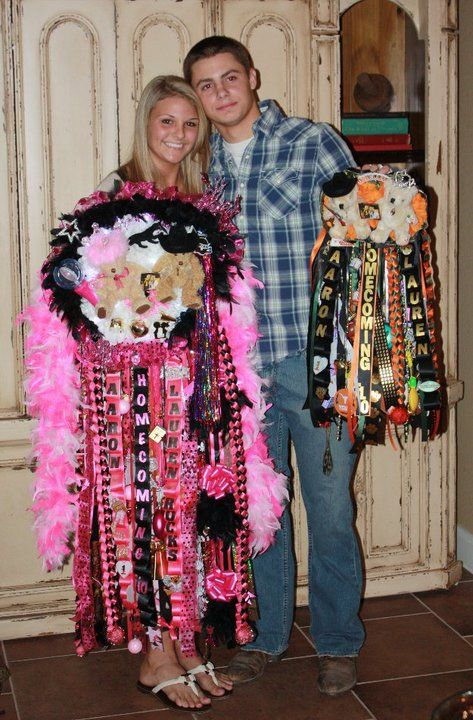 54 Best Homecoming Mums And Garters Images Homecoming Mums