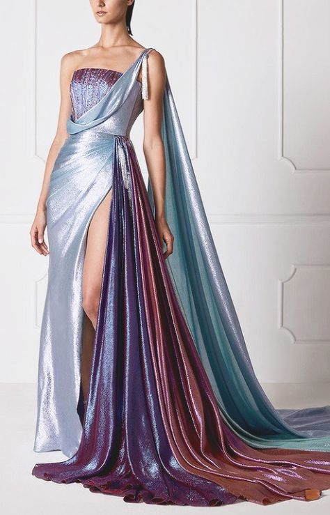 "evermore-fashion: """"Hamda Al Fahim ""Interstellar"" Spring 2019 Haute Couture Collection "" "" Ideas for second wedding dress. Pretty Outfits, Pretty Dresses, Fantasy Dress, Mode Outfits, Couture Collection, Beautiful Gowns, Dream Dress, Elegant Dresses, Formal Dresses"