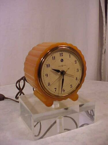 Art Deco 1930 S Vintage General Electric Juliet Catalin Bakelite Alarm Clock Ebay Clock Art Light Alarm Clock Timer Clock