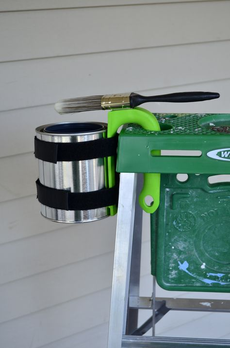 Quart Size Paint Can And Hook It On The Ladder No Mess On The Floor Paint Cans Garden Hose Flooring