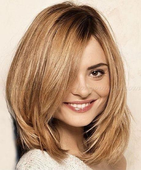 Kurze Frisuren Kurze Bis Mittellange Frisuren Fur Runde Gesichter Frisuren Haarschnitt Einfache Frisuren Mittellang