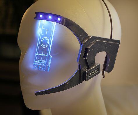Mass Effect Visor – finished with femshep costume pics! … Mass Effect Visor – finished with femshep costume pics! Armadura Cosplay, Cyberpunk, Cosplay Armor, Cosplay Diy, Cosplay Weapons, Steampunk Cosplay, Futuristic Technology, Technology Gadgets, Medical Technology
