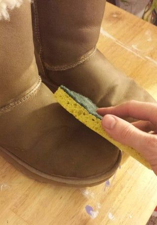 How To Clean Ugg Boots In 2020 Ugg Boots Cleaning Ugg Boots Boots