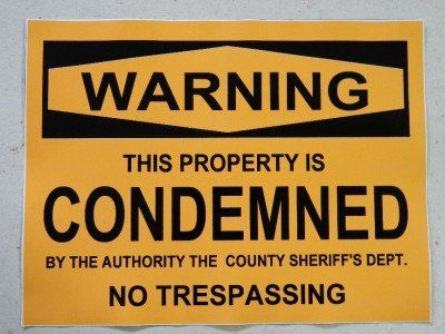 Halloween Prop Sign Condemned Property Sticker Decal Https Www Amazon Com Dp B00bh2ivz Halloween Horror Movies Movie Props Halloween Horror