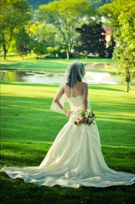 Love this shot of a bride infront of our pond and fountain! #downingtowncountryclub #downingtown #downingtownweddings #chestercounty #dccweddings #chestercountyweddings #ronjaworskiweddings #downingtowncountyclubweddings #dcc #picturesque #lavish #beautifuldowningtown #countryclubweddings #tiedtheknot #bride #groom #love #married #weddingphotography Photo Credit: Gino Guarnere Photography