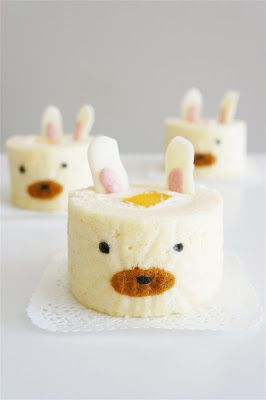bunny deco cake roll.