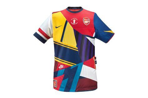 características sobresalientes rebajas outlet mejor venta Nike offre un incroyable maillot commémoratif à Arsenal ...