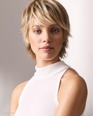12++ Quand une femme change de coiffure inspiration