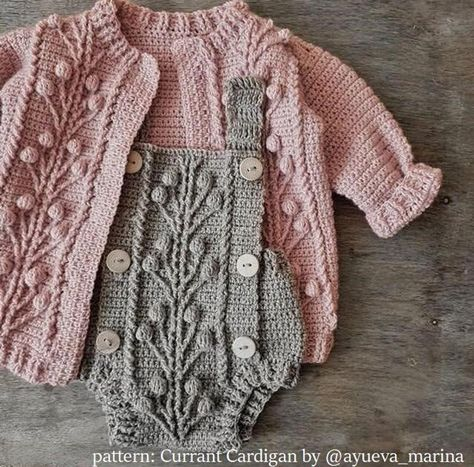 Crochet baby 384002305730087101 - Ravelry: Currant Cardigan pattern by Marina Ayueva Source by Baby Sweater Patterns, Baby Knitting Patterns, Baby Patterns, Crochet Patterns, Baby Clothes Patterns, Romper Pattern, Crochet Cardigan Pattern, Knit Crochet, Crochet Romper