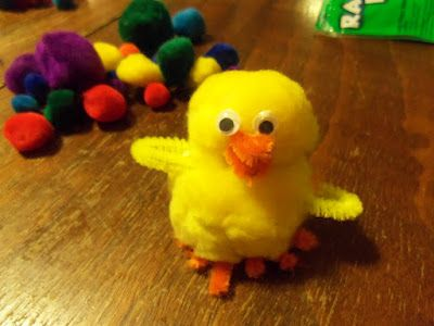 Looking for crafts for kids?  #Walmart Mom Linsey shows you how to make Pom Chicks with supplies from #Walmart.