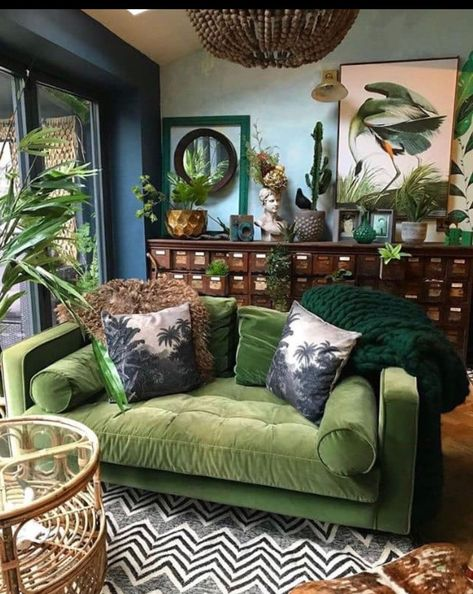 Living Room Color Schemes That Express Yourself - Home Decor Design Living Room Color Schemes, Living Room Designs, Living Room Layouts, Colour Schemes, Deco Studio, Bohemian Interior Design, Bohemian Decorating, Interior Colors, Interior Plants