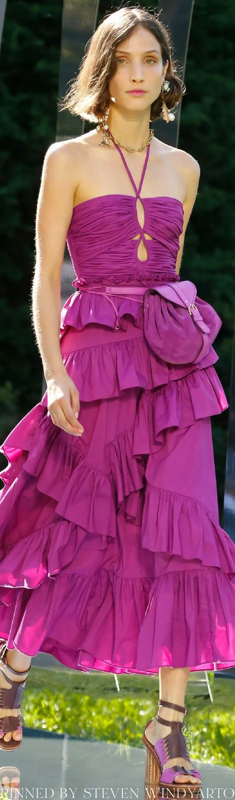 Ulla Johnson Spring 2022 Fashion Show #spring2022 #ss22 #womenswear #ullajohnson