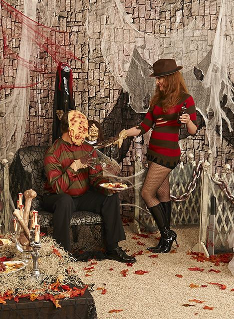 Frightening Flicks party theme: Costumes and decor inspired by classic horror movies. #MissKrueger   #BuyCostumes #OrangeTuesday