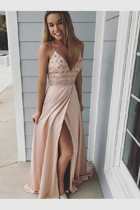 VQ Popular Black Tulle Plunging Neck A-line Long Prom Dress
