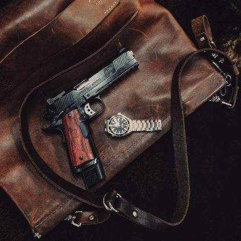 Guns, Oil, & Dirt : Photo