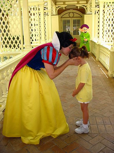 A Kiss From Snow White Disney Dream Disney Face Characters