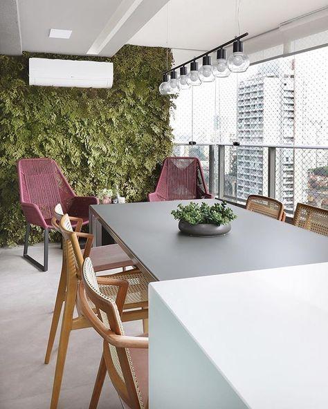 Terraco Com Lounge Jardim Vertical Mesa Com 6 Lugares Acoplada
