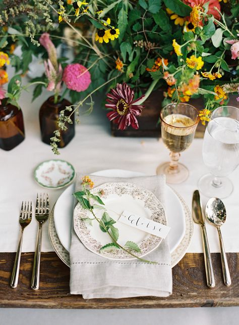 southern-wedding-farm-table
