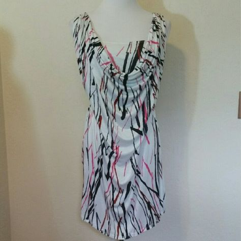 T-Bags LA Draped Front Banded Dress T-Bags LA Draped Front Banded Dress. White, pink, & black abstract print. Oversized. Could fit Medium too. NWT.  No trade or PP  Offers Considered  Bundle discounts T-Bags Dresses