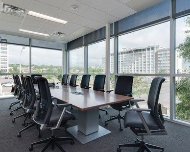 Canfield Financial Design Equity Trust The Large Conference Room At Equity Trust In Clevel Commercial Interior Design Office Space Design Commercial Design