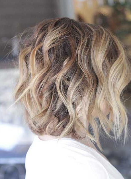 40 Best Short Hairstyles For Thick Hair 2021 Short Haircuts For Thick Hair In 2020 Short Hair Balayage Thick Hair Styles Balayage Hair
