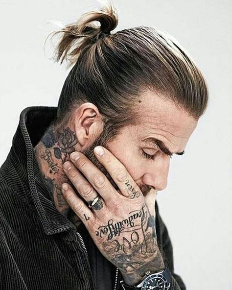 Over recent years, David Beckham has been king of the medium length haircut, but over the last year or so it's been the two other ends of the spectrum. Here's every new David Beckham haircut and how to get them.