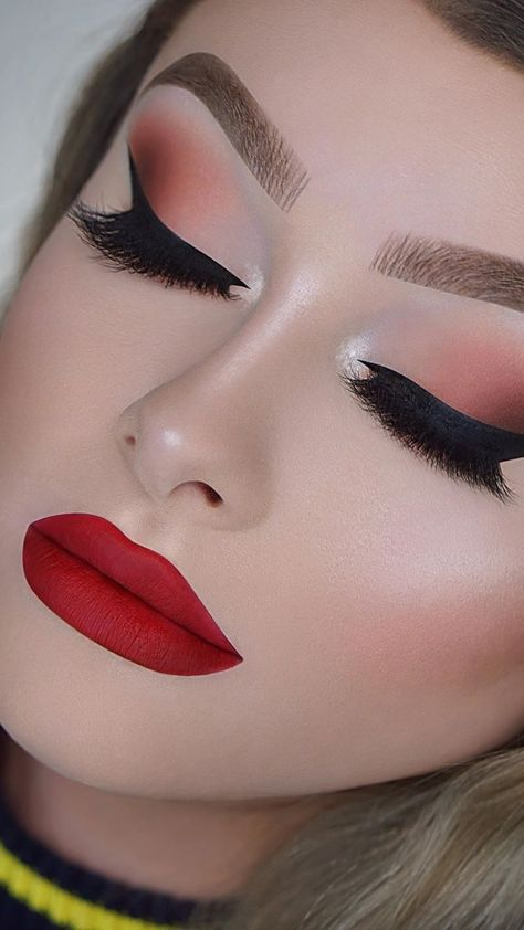 Soft Brown Eye Makeup & Red Lips Makeup Look Tutorial for Fall