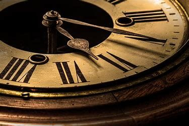 Image Result For Antique Clock Photography Antique Clock Clock Vintage Clock