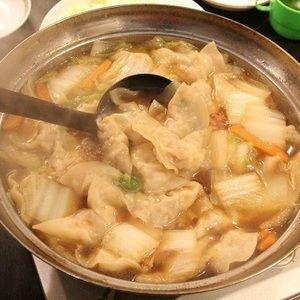 今週人気だったごはんは 海老ワンタン鍋です 食べ物の