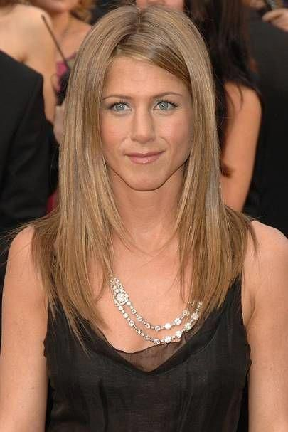 Jennifer Aniston Hairstyles Celebrity Hair The Rachel Glamour Uk Longhairstylestips Frisuren Jennifer Aniston Frisuren Glatte Haare