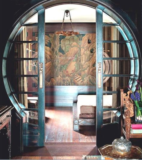 Art Deco To Die For: Interior Design Ideas For Your Home. Are you are looking for Art Deco inspiration? Then take a look at these fantastic suggestions. Interiores Art Deco, Arte Art Deco, Asian Home Decor, Asian Inspired Decor, Asian Inspired Bedroom, Pocket Doors, Home And Deco, Art Deco Home, Art Deco Decor