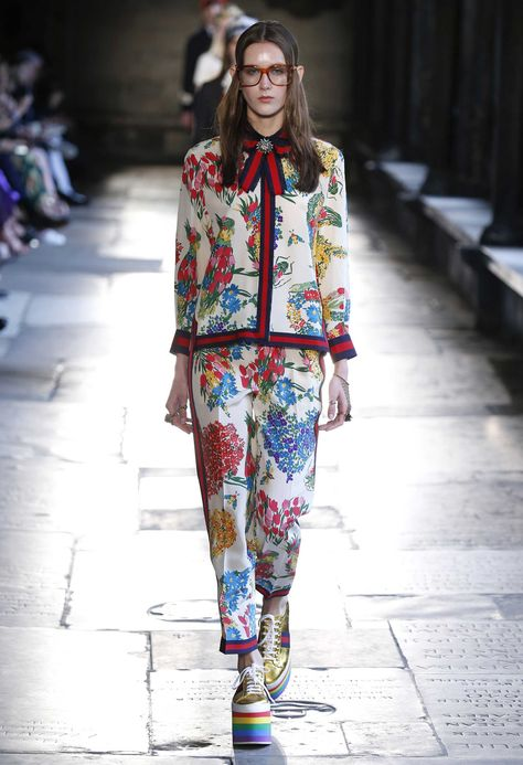 As 2017 Cruise continues across the pond, the sartorial set shifted from Dior's Oxford runway to Gucci's London show, convening at Westminster Abbey, a fashion first for the iconic landmark. Debuting an almighty collection of geek-chic style,…