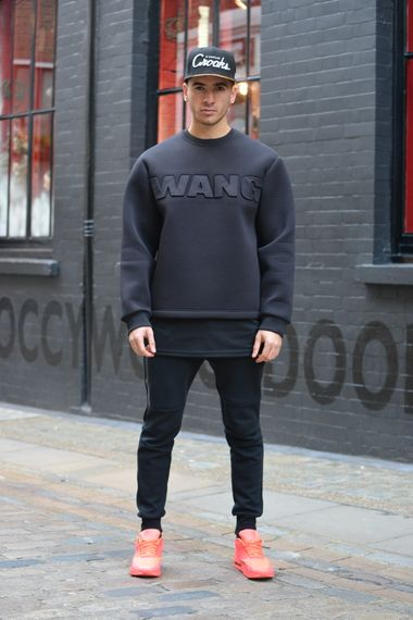 From ASOS Fashion Finder, this looks is a great example of the extreme sports wear looks we will be seeing a lot of in 2015. Big neoprene sweatshirts, longeline lyering and bold statement trainers.