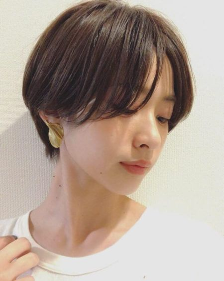 丸顔さんに似合う髪型 おすすめのショートヘア25選 2020 韓国のショートヘア アジア人 ショートヘア ヘアモデル