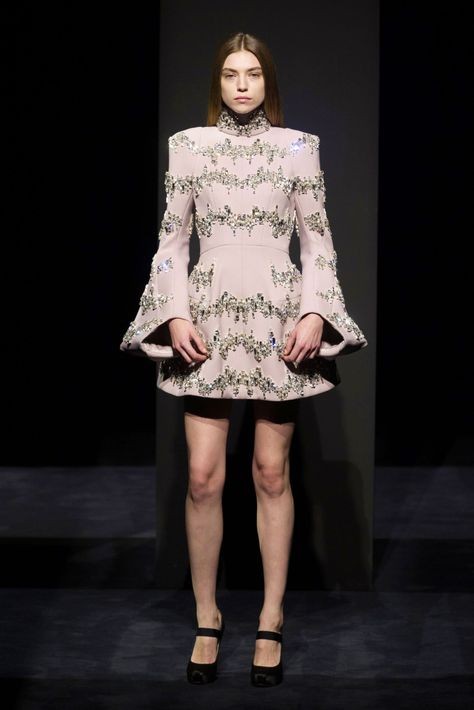 Dice Kayek at Couture Fall 2014 - StyleBistro