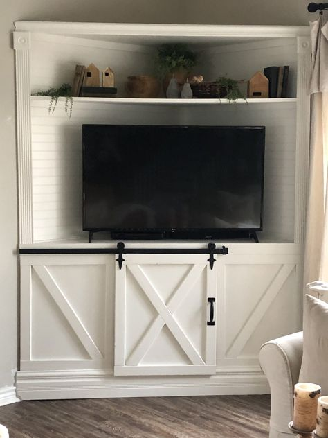 Creating A Corner TV Cabinet * Hip & Humble Style - Creating A Corner TV Cabinet * Hip & Humble Style How to build a corner unit, built in DIY, how to - Built In Tv Unit, Built In Tv Cabinet, Built In Cabinets, Corner Tv Unit, Room Corner, Alcove Tv Unit, Corner Cabinet Living Room, Wall Cabinets Living Room, Armoire Tv