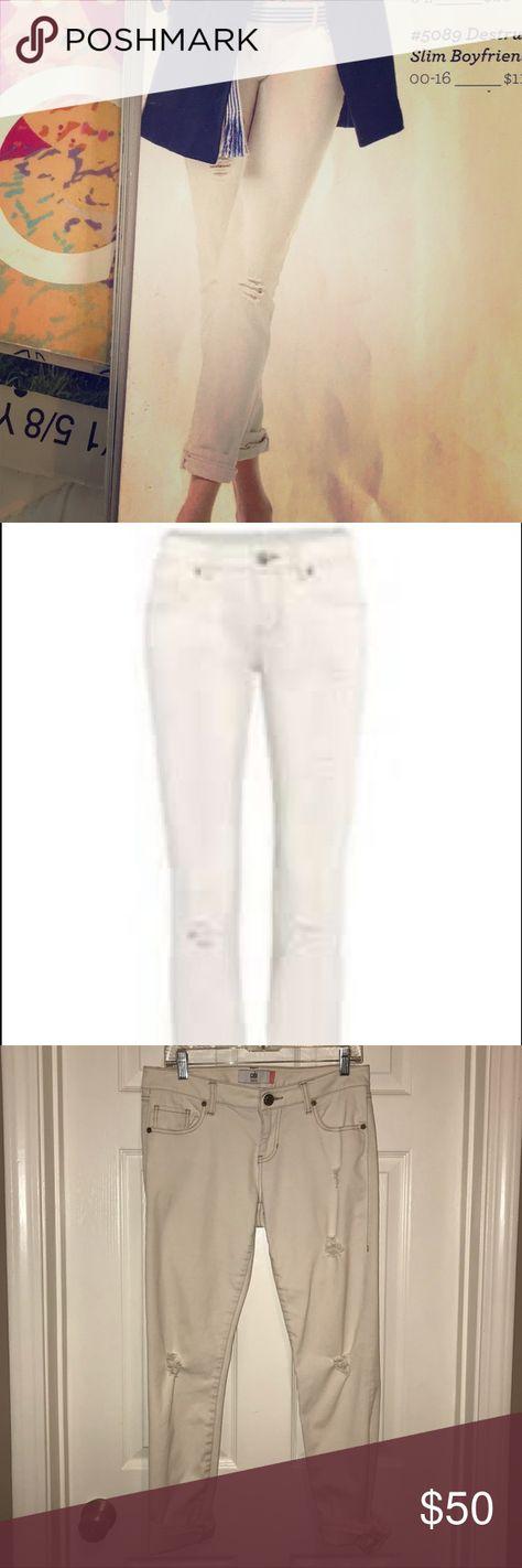 NWT Cabi Destructed Slim Boyfriend Vintage White Size 16 Style #5089 NEW
