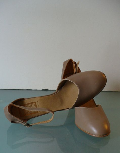 f0b6971aa Made in Italy Beene Bag Ankle Strap Shoes Size 8 US by EurotrashItaly on  Etsy
