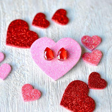 Red Tear Drop Earrings Valentines Earrings Swarovski Crystal Red Pear Stud Earrings Valentine Gift Bright Cherry Red Teardrop Stud Earrin #SwarovskiRed #SwarovskiEarrings #RedStuds #SwarovskiStuds #RedEarrings #RubyRed #CherryStuds #CherryRed #SwarovskiPear #RedStudEarrings